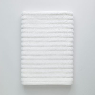 White 100% cotton luxury beach towel